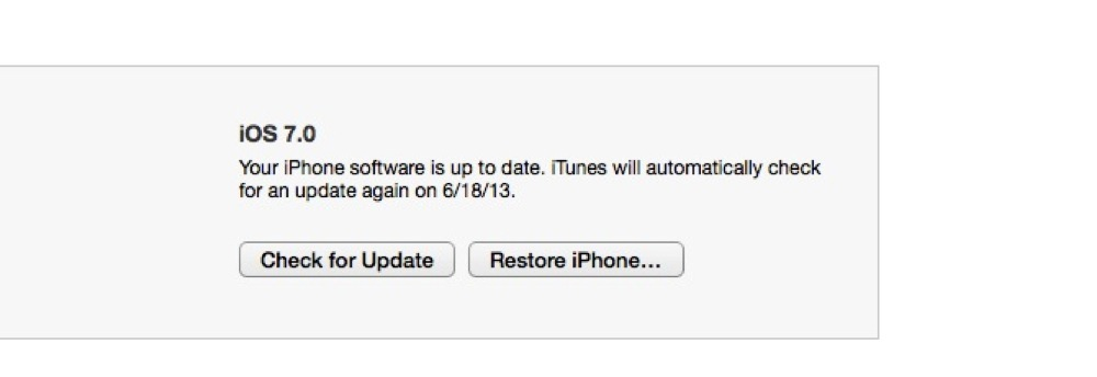 Nhấn nút Option (Mac) hoặc Shift (Windows) và click nút Restore iPhone